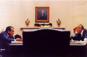 800px-lyndon_johnson_richard_nixon_1968.jpg