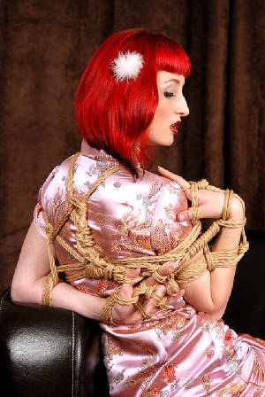 french_shibari_by_jerome_gouvrion.jpg